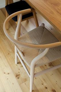 Yチェア~使うほどに「味」がでる椅子~