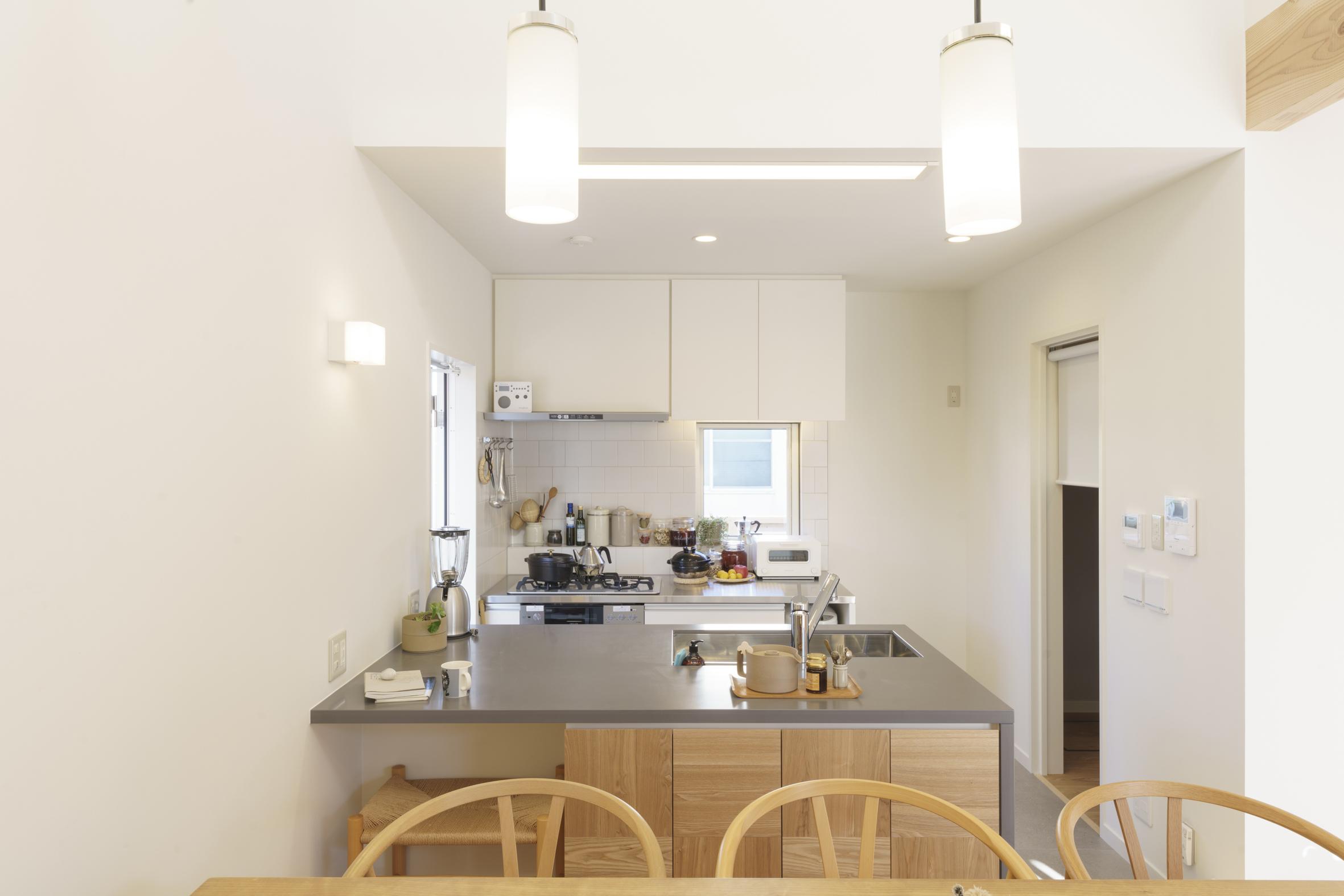 オーダーキッチン施工例追加しました。